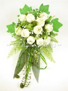 Hochzeit Blumen creme Rose Gladiolen Farn Tailed Strauß aus GT Decorations
